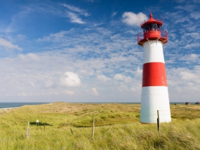 Der Leuchtturm List Ost lauf der Sylter Halbinsel Ellenbogen